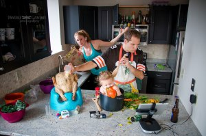best-case-scenario-realistic-family-chaotic-photography-danielle-guenther-2__880